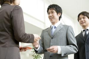 ビジネスマンの会話